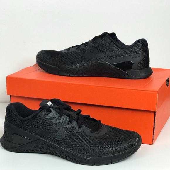 6d5e807e2e90 NEW Nike Metcon 3 Black on Black Training Shoes
